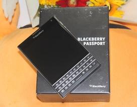 Có nên mua Blackberry Passport dùng lướt giá 4 triệu?