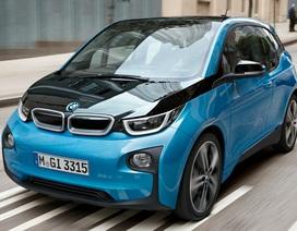 Tréo ngoe BMW triệu hồi xe chạy điện vì nguy cơ... rò rỉ xăng