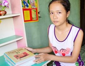 Nữ sinh mồ côi bỏ thi lớp 10 để đi làm kiếm tiền nuôi em