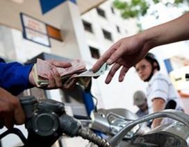 Khó tránh tăng thuế bảo vệ môi trường với xăng dầu