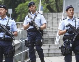 10.000 cảnh sát Hong Kong bảo vệ lễ kỷ niệm 20 năm được trả về Trung Quốc