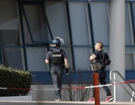 Học sinh mang 3 khẩu súng tấn công trường học ở Pháp, 3 người bị thương