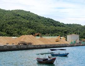 Xử lý 4.500 m3 cát tập kết trái phép tại cảng Vũng Rô!