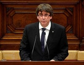 Bầu cử sớm ở Catalan: Ván bài giảng hòa của ông Puigdemont?