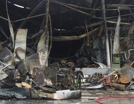 Gần 100 người dập đám cháy tại Khu công nghiệp Yên Phong