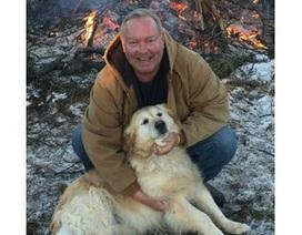 Chó nằm trên người 20 tiếng để sưởi ấm và cứu mạng chủ trong đêm lạnh giá