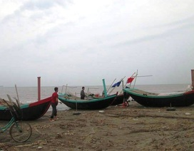 13h00' chiều nay, chính thức cấm tàu thuyền ra khơi, di dời dân ở vùng nguy hiểm