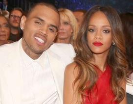 Chris Brown nhắc lại ký ức đánh lộn kinh hoàng với Rihanna