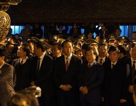 Chủ tịch nước dâng hương, tham dự lễ Khai ấn đền Trần 2017