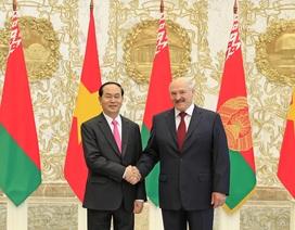 Tổng thống Belarus Alexander Lukashenko hội đàm với Chủ tịch nước Trần Đại Quang
