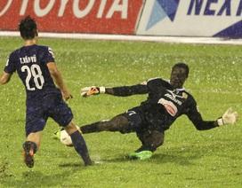 Đội bóng của Công Vinh chia điểm đáng tiếc với B.Bình Dương trên sân nhà