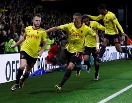 Watford 2-1 Arsenal: Gục ngã ở phút bù giờ