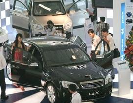 """Doanh nghiệp ô tô ngoại """"dọa"""" rời Việt Nam: Cơ hội cho ngành ô tô nội?"""