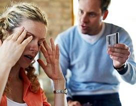 """Nhọc nhằn… """"moi"""" tiền chồng (1): Nản vì chồng không chịu """"góp gạo"""""""