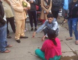 CSGT lái ca nô cứu người phụ nữ nhảy sông tự tử