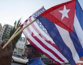 Mỹ trục xuất hai nhà ngoại giao Cuba
