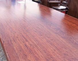 """Đại gia cầu kỳ giường ghế: Sập gỗ cẩm trăm tuổi, bàn ghế """"tứ linh"""" tiền tỷ"""