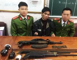 """Bị vây bắt, trùm ma túy """"cõng"""" 2 lệnh truy nã nổ súng chống trả công an"""