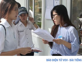 Đăng ký thi THPT Quốc gia: Lo ùn ứ hồ sơ thí sinh tự do những ngày cao điểm