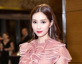 Hoa hậu Đặng Thu Thảo lần đầu xuất hiện sau khi tốt nghiệp