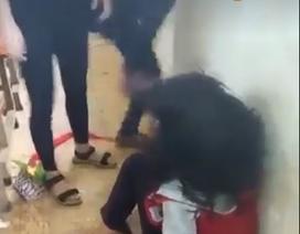 """Vụ đánh bạn vì tin nhắn """"chúc ngủ ngon"""": 3 nữ sinh bị lưu ban"""