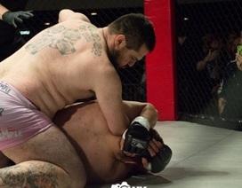 """""""Dị nhân"""" cụt tay MMA hạ knock-out đối thủ sau… 11 giây"""