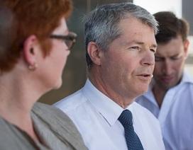"""Nghị sĩ Australia xin lỗi vì ví người tị nạn như """"đám rận"""""""