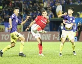 """Dyachenko """"lên đồng"""" khiến Hà Nội tuột cúp vô địch V-League"""