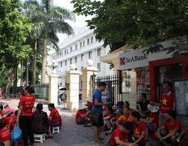Hơn 100 tiểu thương kéo về Bộ Công Thương xin can thiệp, ngừng phá chợ Đồng Đăng
