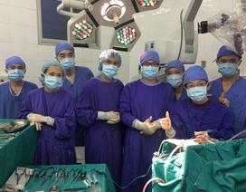 Bé Hoàn bị phình động mạch cảnh trong khổng lồ đã được phẫu thuật thành công