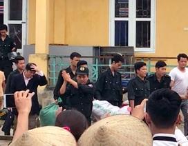Chi tiết buổi bàn giao 19 chiến sĩ CSCĐ của người dân Đồng Tâm