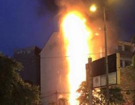 Cần Thơ: Nhân viên 9X đốt ngân hàng để tự tử