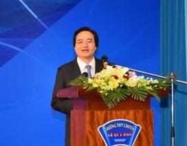 Bộ trưởng Phùng Xuân Nhạ: Khuyến khích học sinh nghiên cứu khoa học hướng đến vấn đề cuộc sống