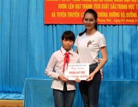 Hơn 80 triệu đồng đến với cô bé mỗi ngày vượt 18km đến trường