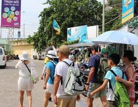 Cứ 10 khách quốc tế đến Việt Nam, có 3 người là khách Trung Quốc