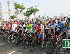 Các cua rơ Việt tranh tài, vận động hỗ trợ nạn nhân da cam tại Đà Nẵng