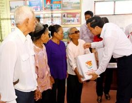Trao 120 suất quà tới người có công với cách mạng xã Trực Khang, Nam Định