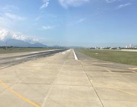 Chó chạy ở sân bay Cam Ranh khiến máy bay không thể cất, hạ cánh