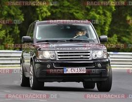 Mạo hiểm cho trẻ nhỏ cầm lái ô tô trên đường đua Nürburgring