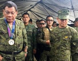 Tổng thống Philippines đích thân tới vùng chiến sự khích lệ binh sĩ