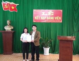 Nữ sinh 18 tuổi - Đảng viên trẻ nhất tỉnh Đắk Nông