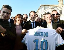 Tân Tổng thống Pháp, Emmanuel Macron từng là cầu thủ bóng đá