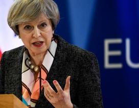 Anh chính thức khởi động quá trình rời EU