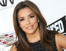 Vẻ đẹp rạng ngời của người dẫn chương trình đêm Gala của FIFA