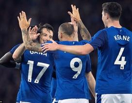 Rooney đá chính, Everton hưởng niềm vui ở cúp châu Âu