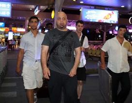 Cao thủ Pierre Flores đến TPHCM, chờ đấu võ sư Huỳnh Tuấn Kiệt
