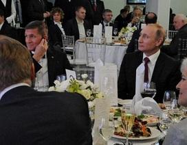 Ông Putin lên tiếng về mối quan hệ với cựu cố vấn an ninh quốc gia Mỹ