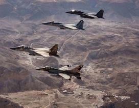 Mỹ, Israel chuẩn bị không kích, Syria đứng trước biến cố mới