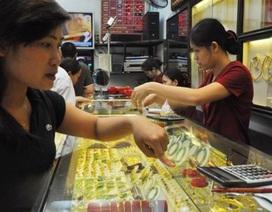 Vàng tăng giá, nhà đầu tư nhỏ lẻ tăng cường mua vàng