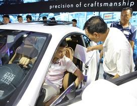 """Honda CRV giảm giá sốc: Tiếp lửa """"đại chiến"""", người có xe mất cả trăm triệu đồng"""